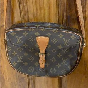 Louis Vuitton Jeune crossbody used